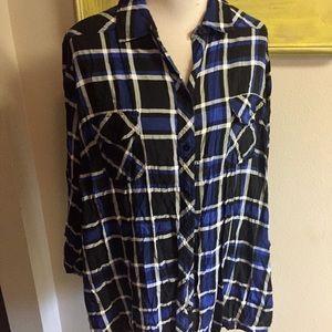 Torrid Button Front Shirt Black Blue plaid Sz 4X